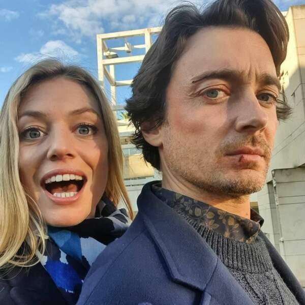 Hubert Benhamdine (Christophe) et Johanna (Aurore Delplace) se détestent dans Un si grand soleil mais pas en dehors des plateaux