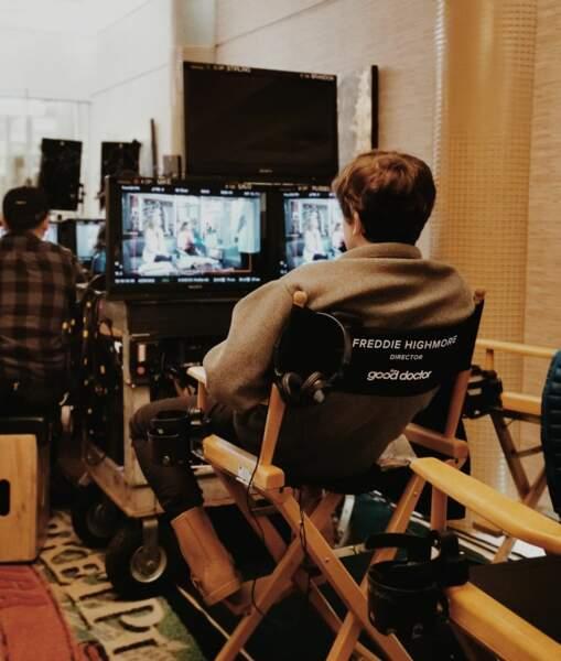 Freddie Highmore prend son rôle très au sérieux sur le tournage de Good Doctor